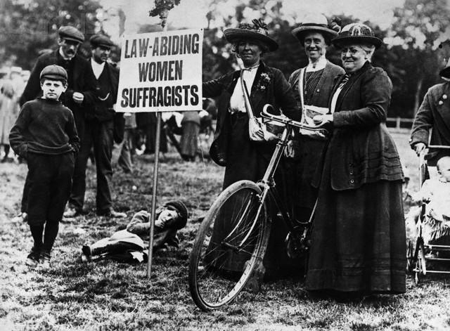 Mujeres sufragistas en Londres en 1913