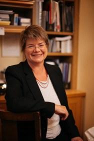 75-16 Lynne Ceeney