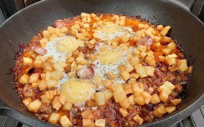 Sartenada de patatas y huevos