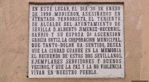 Alberto Jiménez Becerril y Ascensión García
