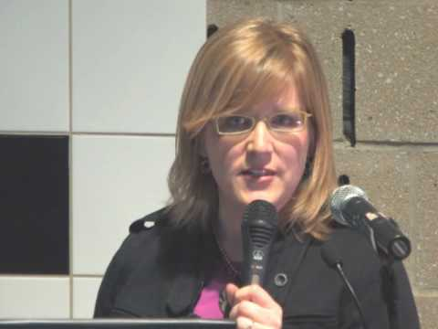 Dr. Erin E. Robinson