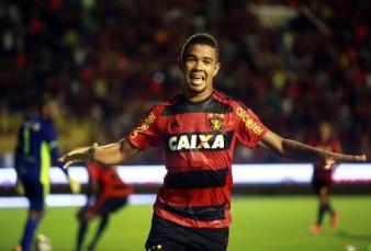 Leãozinho da Páscoa, que trazes pra mim; um gol, dois gols, três gols assim... (foto: diario de PE)