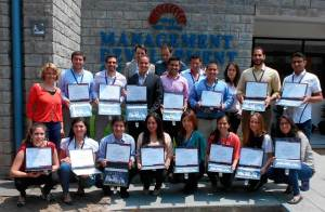 The International MBA participants received a plaque with  a picture taken during their visit to India.