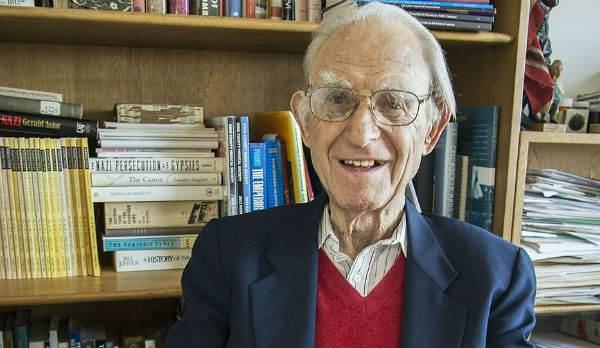 Dr. Arno Motulsky