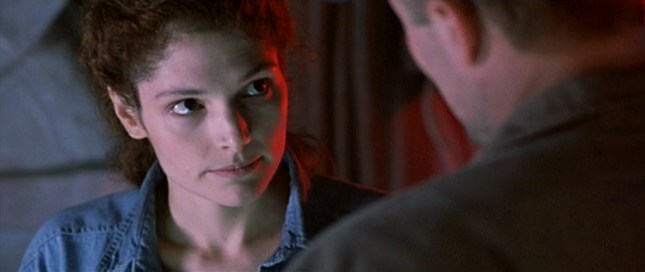the-abyss_mary-elizabeth-mastrantonio_01