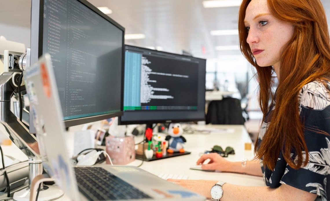 Realistic Developer Tool Comparison Methodology and Metrics