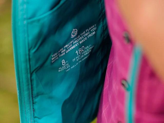 ropa de montaña libre de PFCs