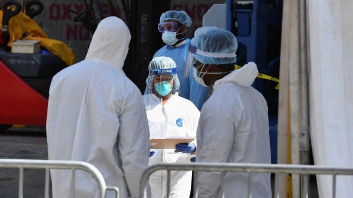 coronavirus: new york covid-19 death toll nears 2,000 – as it happened | financial times