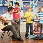 Música para melhorar os contextos de ensino