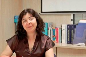 Profesora-Alejandra-grafologia-funiber