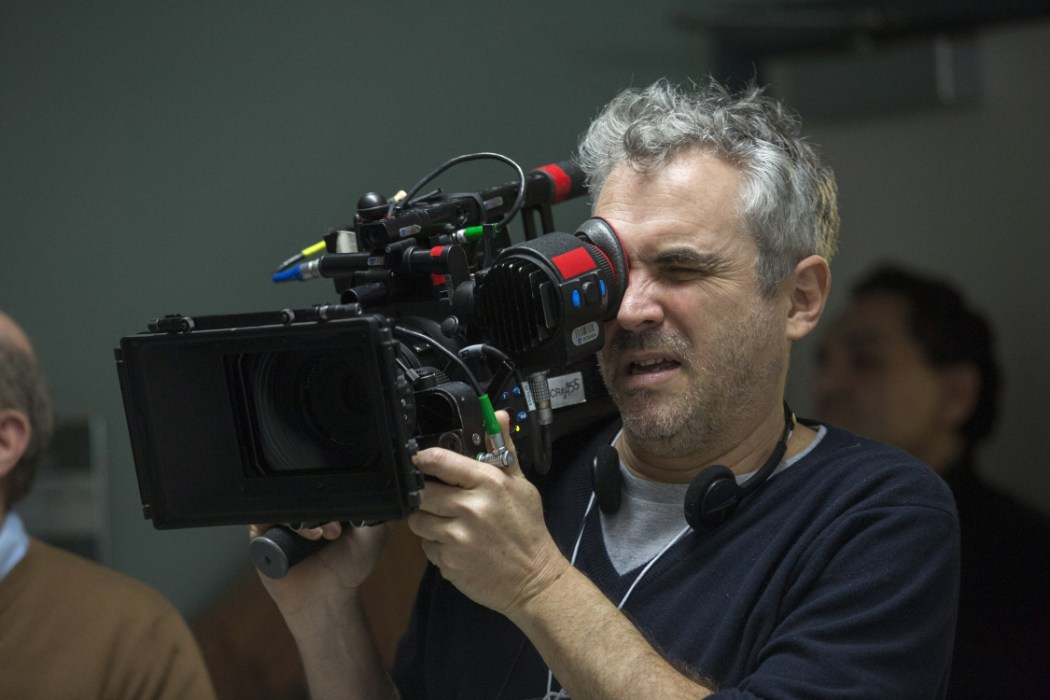 """Cuarón, en pleno rodaje de """"Believe"""", luego de haber su Oscar por """"Gravity"""""""