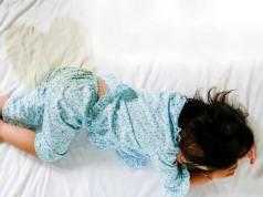 Penyebab dan cara mengatasi anak masih sering ngompol