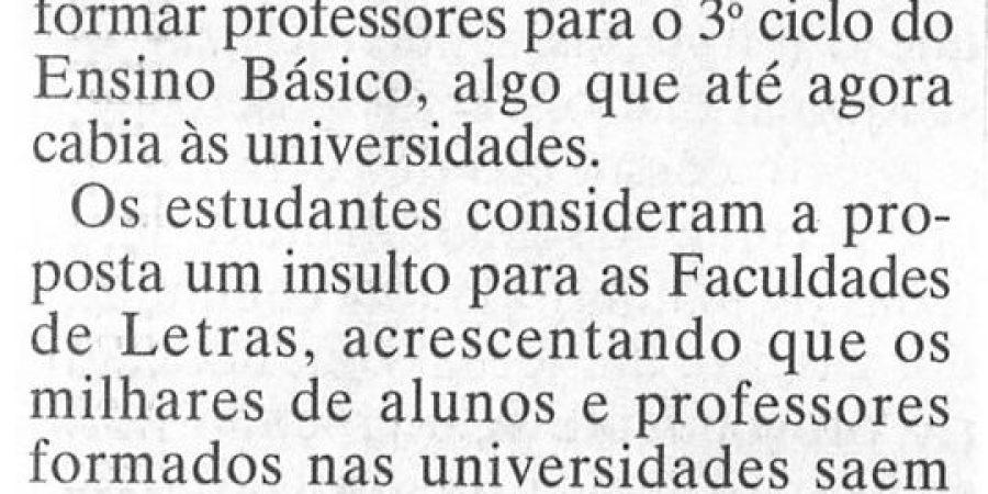 "(302) ""Letras do Porto marcam greve"" - 1996 10 12 JNoticias ...-130r"