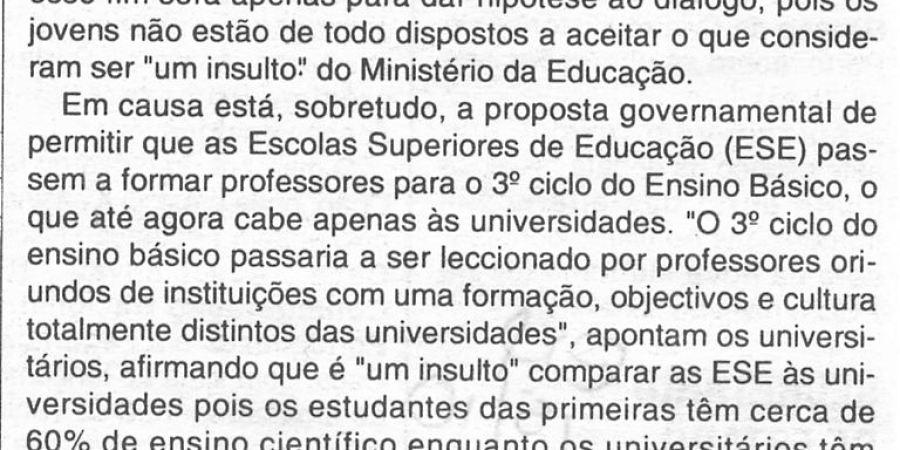 """(299) """"Letras em greve advertem ministro"""" - 1996 10 15 CManha ...-140r"""