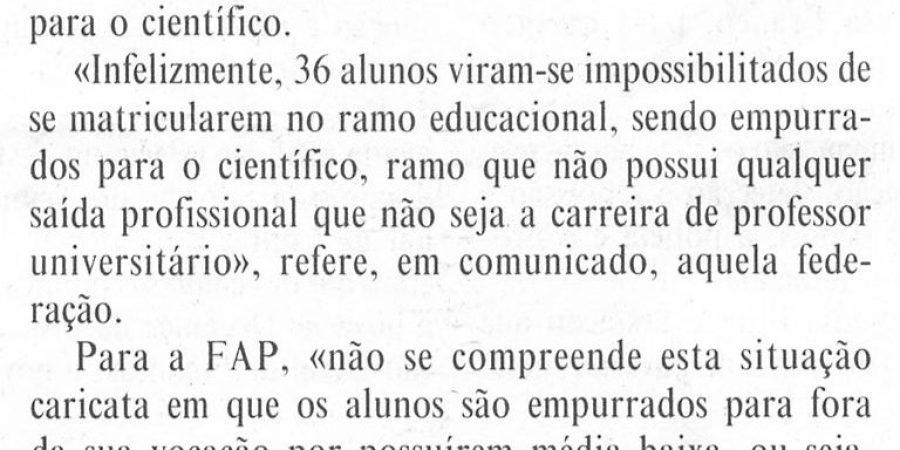 """(195) """"Alunos de Letras 'empurrados' para ciências"""" - 1998 10 21 DMinho ...-90r"""