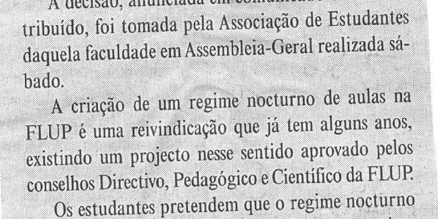 """(109) """"Porto: greve às aulas na Faculdade de Letras"""" - 2000 02 28 DMinho 11-110r"""