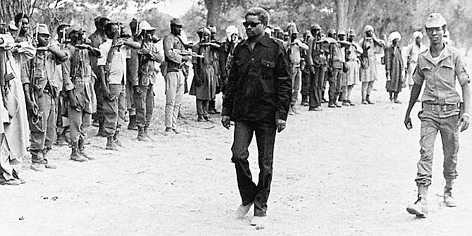 Habré inspects some of his soldiers in 1980 (Photo: AFP)