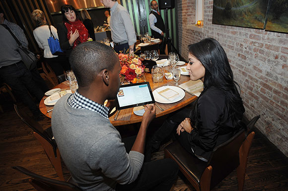 NYC food and lifestyle bloggers swipe and type on the new Surface 2 for Windows and explore the Bing Food & Drink app during lunch. Tom Colicchio explained how technology can help people find inspiration and do the things they want to do more easily. The Bing Food & Drink app gives them a way to make reservations and shopping lists at the click of a button, and even navigate through a recipe hands-free so their screens stay clean when their hands are messy.