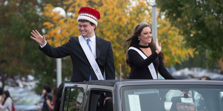 homecoming court during parade