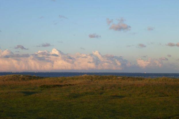Wolkengebirge über dem Cuxland (Foto: Tore J. Mayland-Quellhorst).