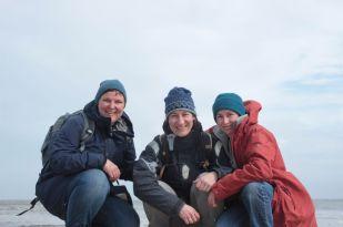 meine Helferinnen Tieneke (links) und Julia (mitte)
