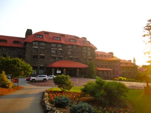 The Grove Park Inn, a resort and spa that has hosted an array of well-known individuals, from Thomas Edison, Henry Ford, and Helen Keller to Franklin D. Roosevelt and Barack Obama. Completed in 1913, the Grove Park Inn was built in less than a year!