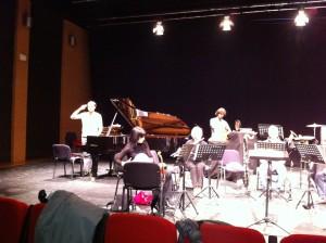Sentieri Selvaggi in einem Kommentar zur italienischen Kulturpolitik (siehe Pianist links)