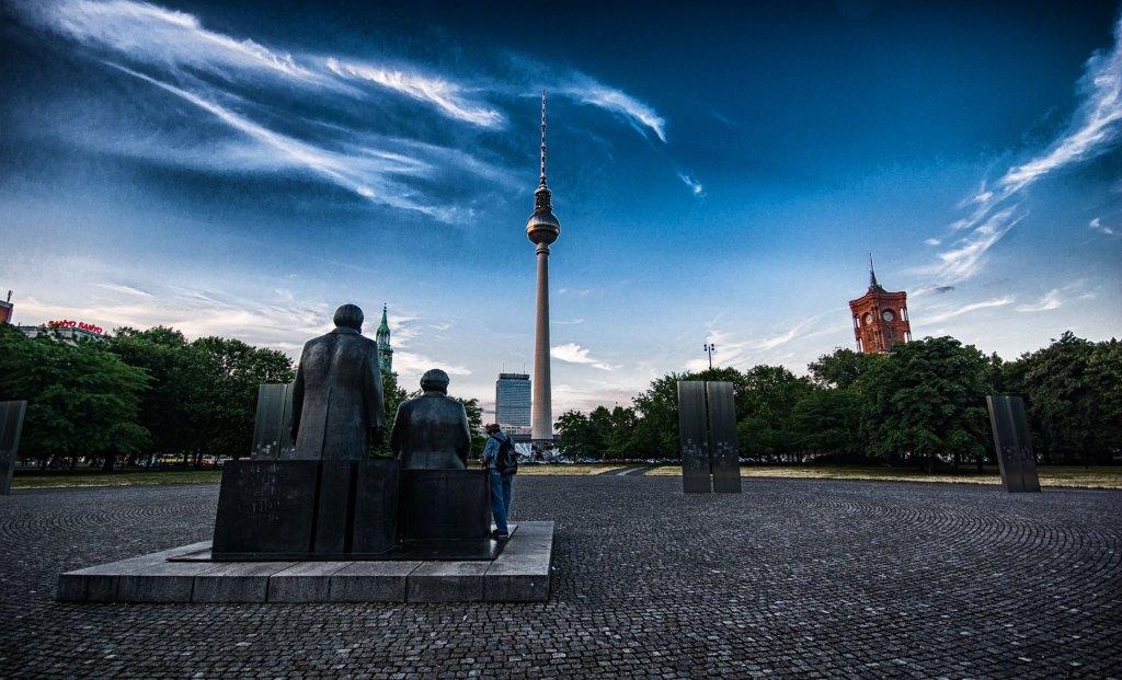 Marx und Engels in Berlin. Foto: Hufner