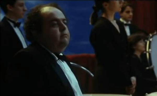der Mann an der Trommel. Szenenbild aus dem Film
