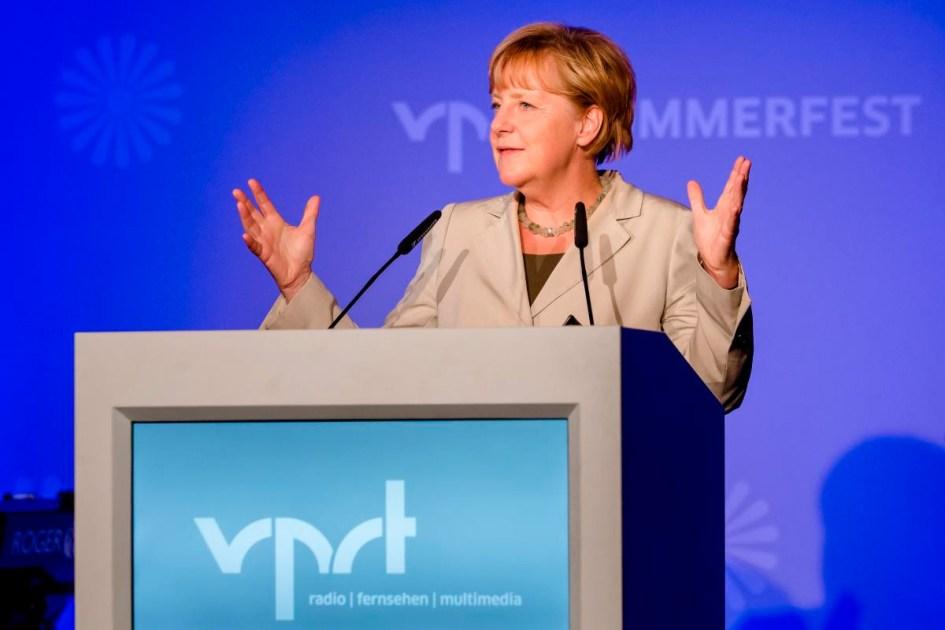 Angela Merkel auf dem Sommerfest 2014 des vprt. Pressebilderseite: Foto: Nadine Rupp