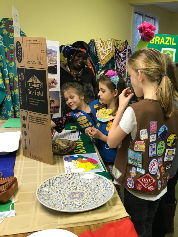 Mamello with Girl Scouts