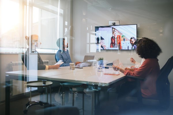 Employee Experience Bridge The Hybrid Paradox