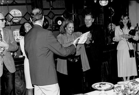 Toni_Morrison_1993_Nobel_Prize_Celebration
