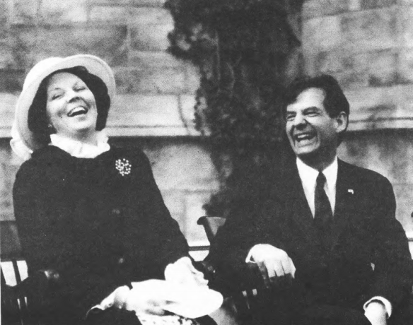 Queen_Beatrix_with_Bowen_Prince_23_Apr_1982