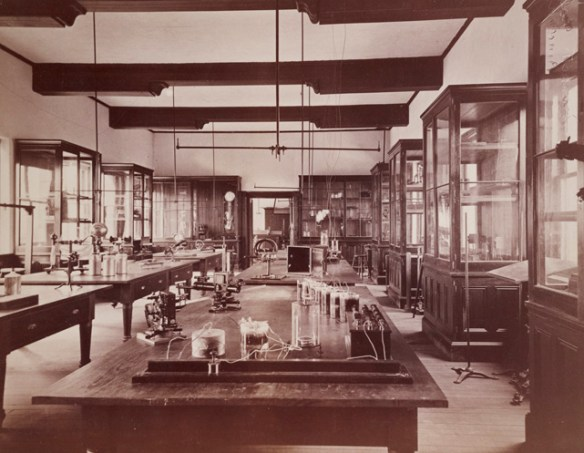 School_of_Science_Interior_1881_AC111_Box_MP81_No._3283