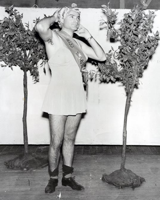 beauty_contest_1941-42_ac122_box_72