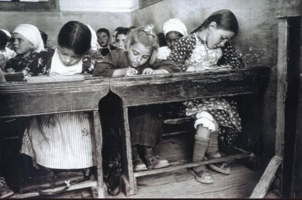 Αποτέλεσμα εικόνας για παλιες φωτογραφιες σχολειων