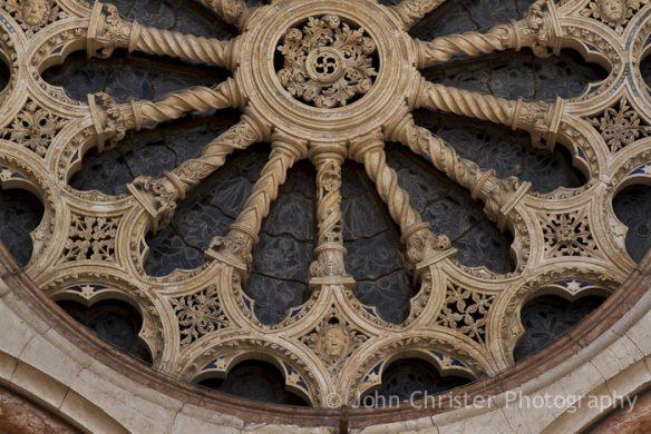 rose-detail-side-entrance-basilica