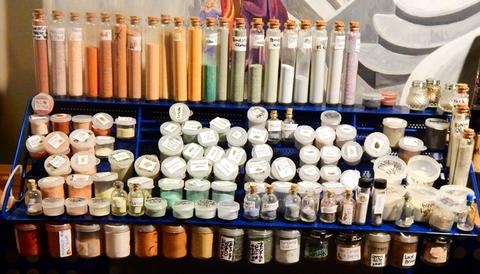 natural earth paints eco friendly artist Earth art supplies by Laura Zepeda
