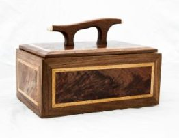 bruce-millbank-box-w-bone-tipped-handle-300x232.jpg