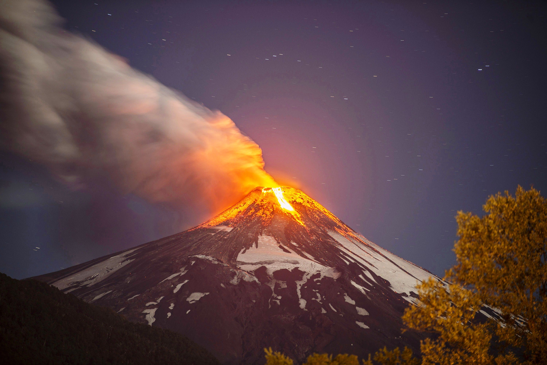 TOPSHOTS-CHILE-VOLCANO-VILLARICA