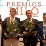 Jesús Ortiz e Ismael Beiro con los alumnos Alejandra Artero y Adriá Gallego