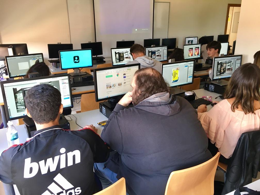 Alumnos UCJC en el Taller de Photoshop