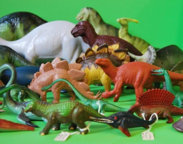 Grant Museum plastic dinosaur specimens