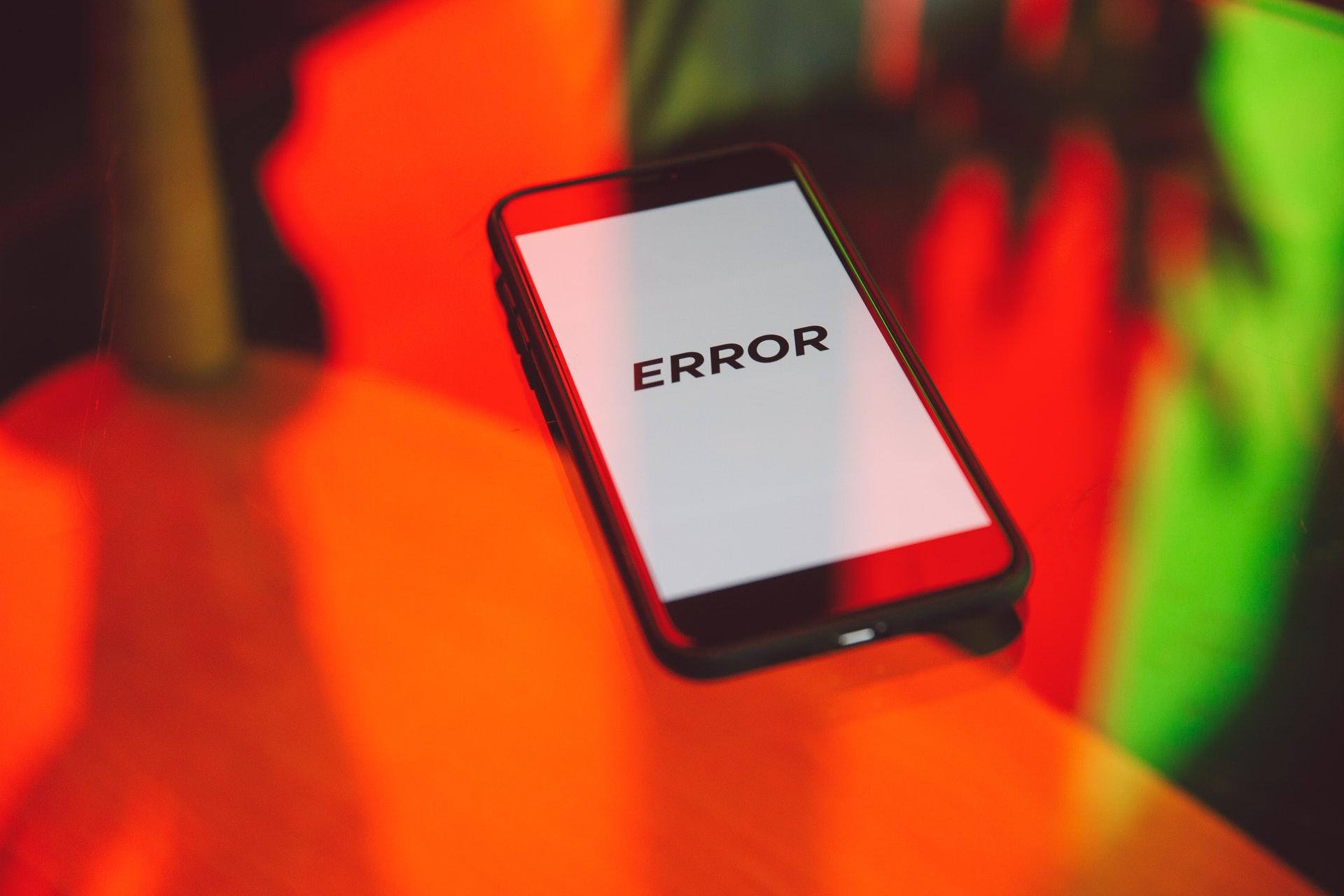 Advertencia de error en teléfono
