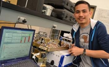 Pao Baylon in UWB lab, 2011