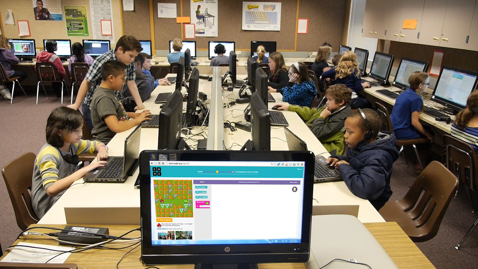 Nonprofit Helps Teachers Bring Computer Science Into The
