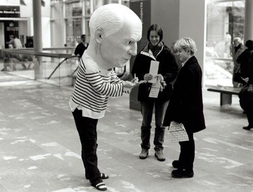 Performance Picasso en el MOMA.