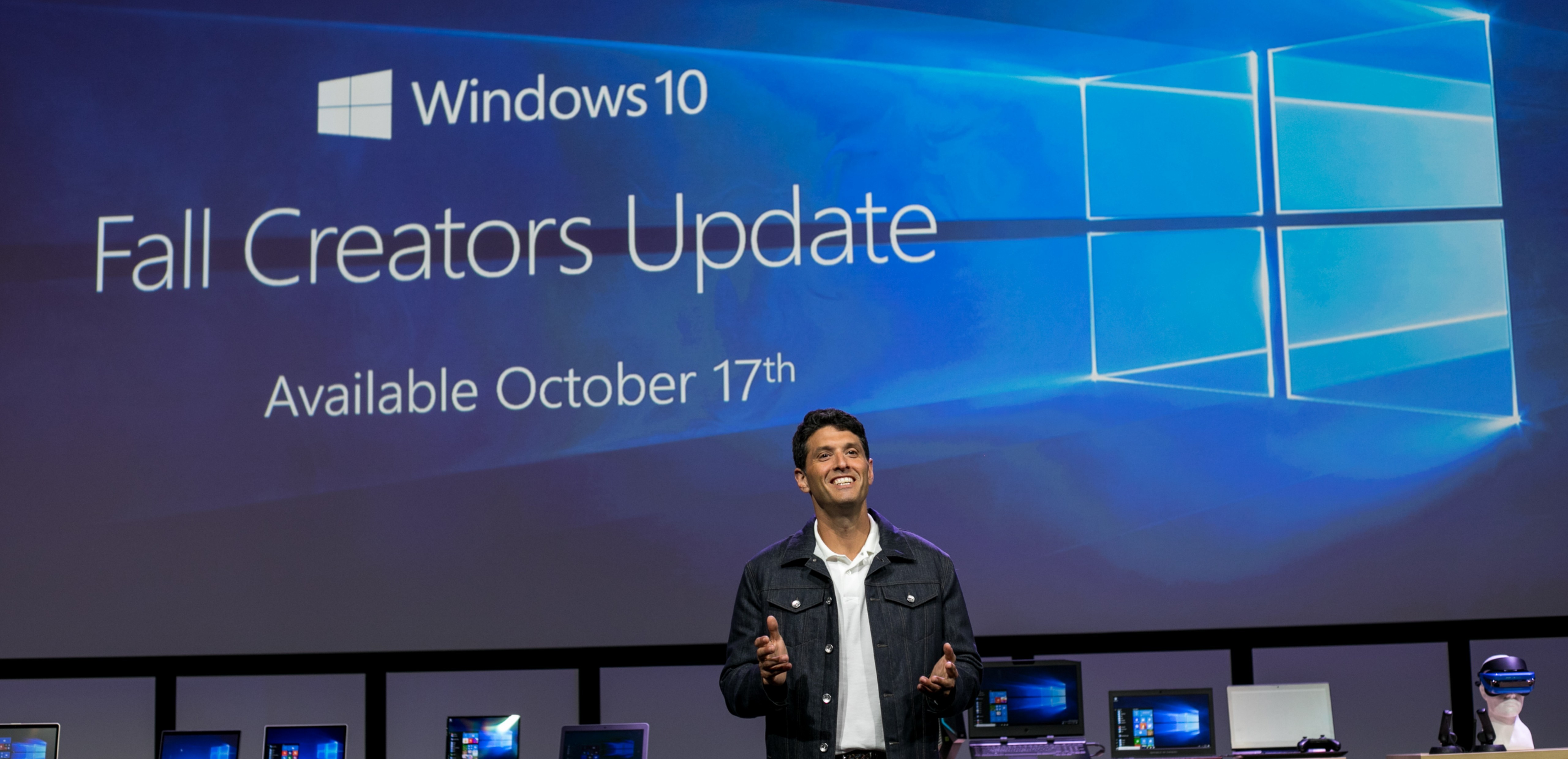Create And Play This Holiday With The Windows 10 Fall Creators Update Coming Oct 17 Windows