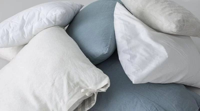 Your guide on how to wash a body pillow